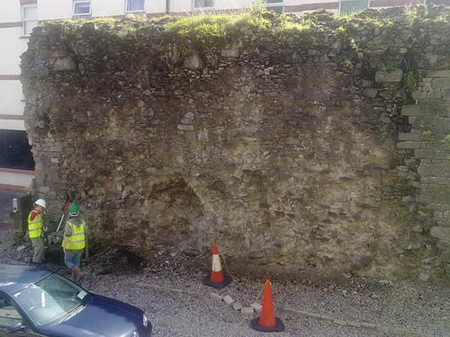 Archaeologists Excavating The Charlotte's Quay Portion Of The Wall