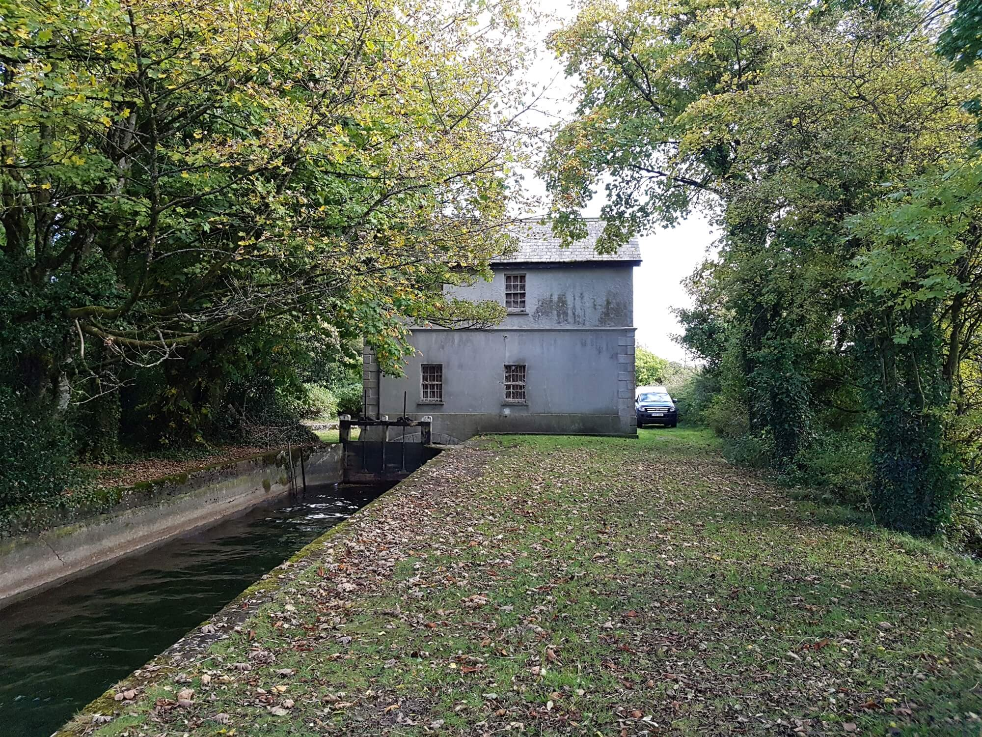 Lough Owel Sluice House